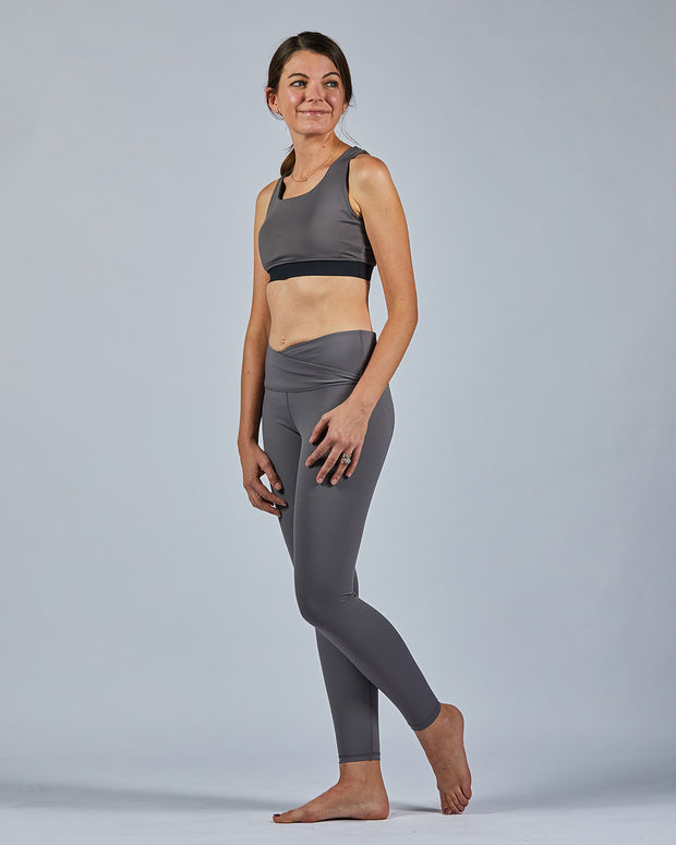 Cross Over Legging - Grey