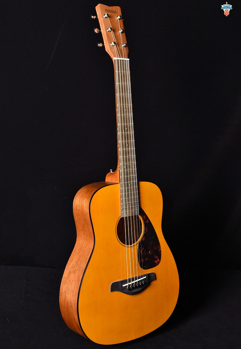 Yamaha JR1 3/4-Scale Mini Folk Guitar