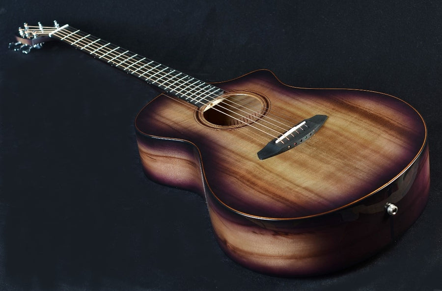 Breedlove Oregon Concert Raven CE Limited Edition - Myrtlewood/Myrtlewood