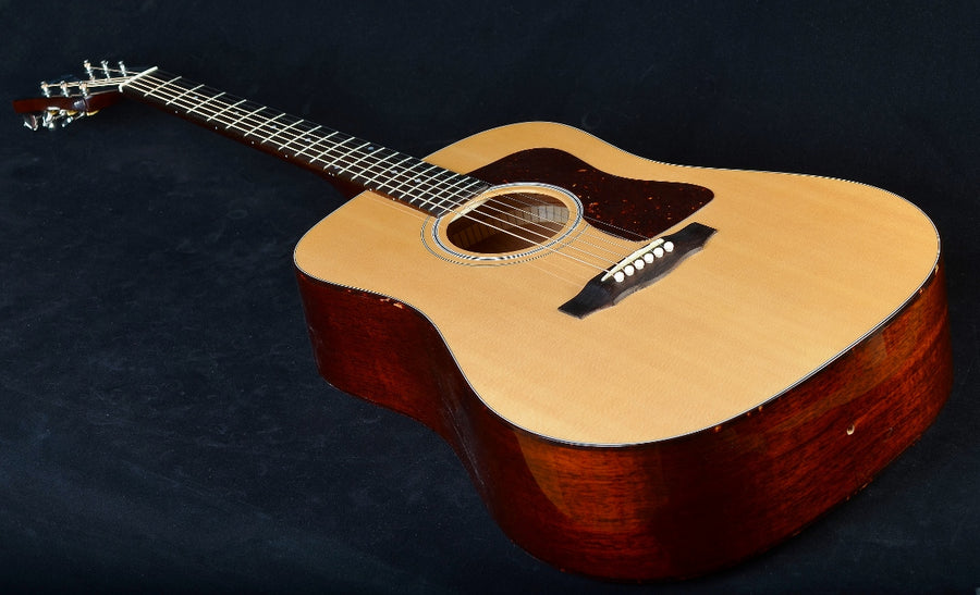 Guild USA D-40 Traditional - Natural