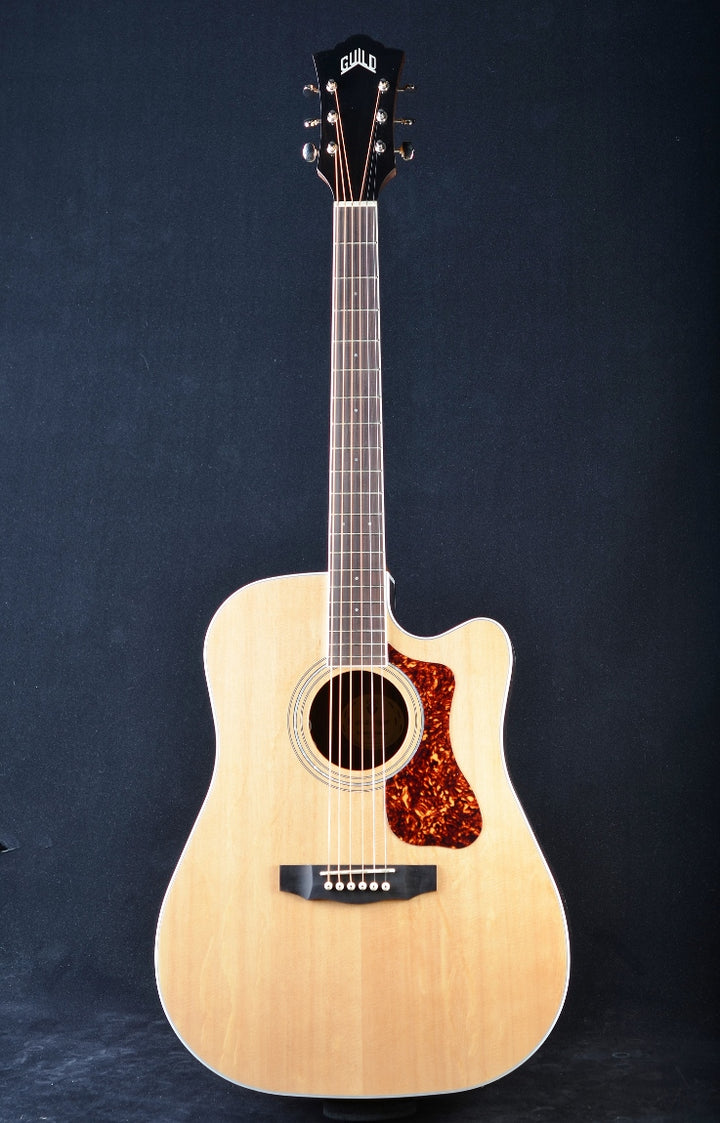 Guild Westerly Collection D-260CE Deluxe