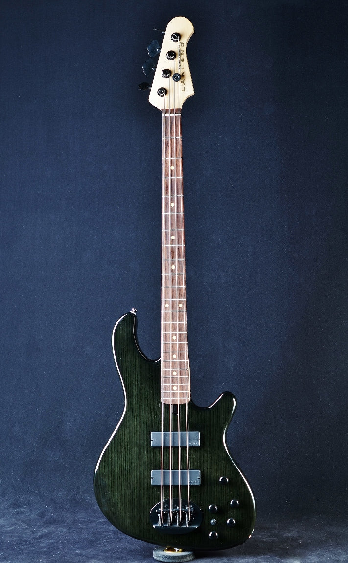Lakland Skyline 44-OS - Black Translucent