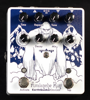 Earthquaker Devices Avalanche Run V2 Limited Edition Attack of the Yeti - Used