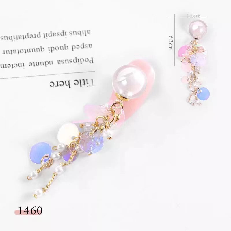 【BUY 2 GET 1 FREE!】3D Fancy Pearl Hanging With Rounds Sequins Nail Charm Accessories (1pcs)
