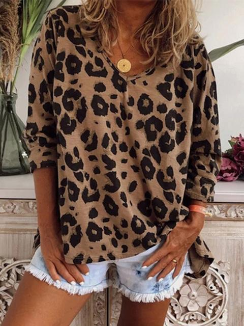 Leopard Print Loose V-neck Long Sleeved Top