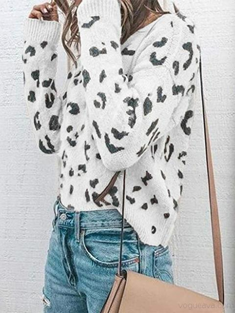 Leopard Pattern Knit Sweater