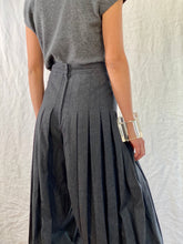 Load image into Gallery viewer, Gianni Versace Wool Grey Gaucho Pants