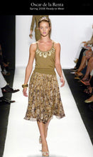 Load image into Gallery viewer, Oscar De La Renta Spring 2006 Silk Embellished Skirt