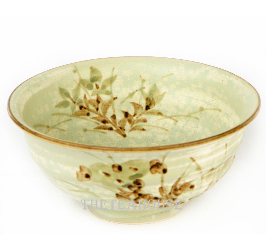 Japanese Elegant Tea Bowl