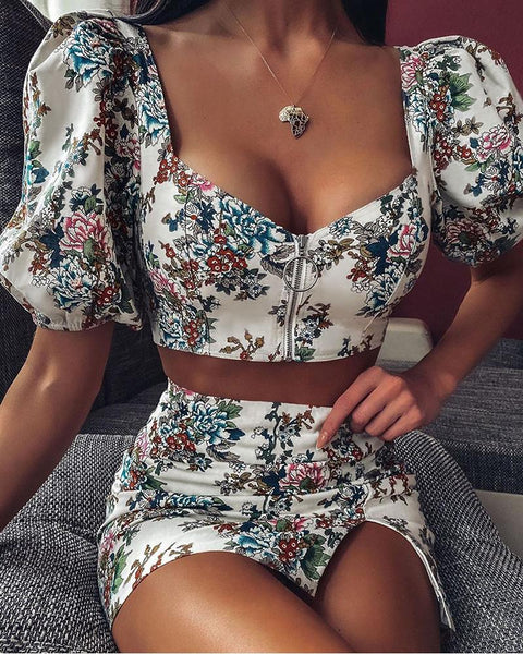 Floral Print Puffed Sleeve Crop Top & Skirt Sets