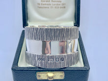 Load image into Gallery viewer, Gerald Benney Solid Silver Napkin Ring