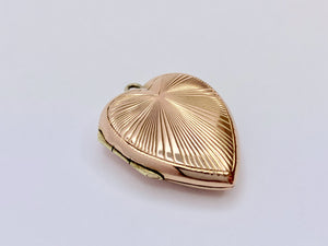 9ct Gold Art Deco Antique Heart Locket