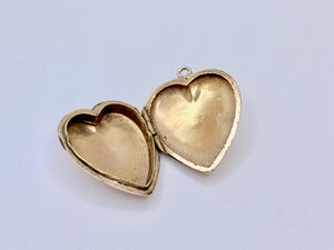 9ct Antique Art Deco Heart Locket