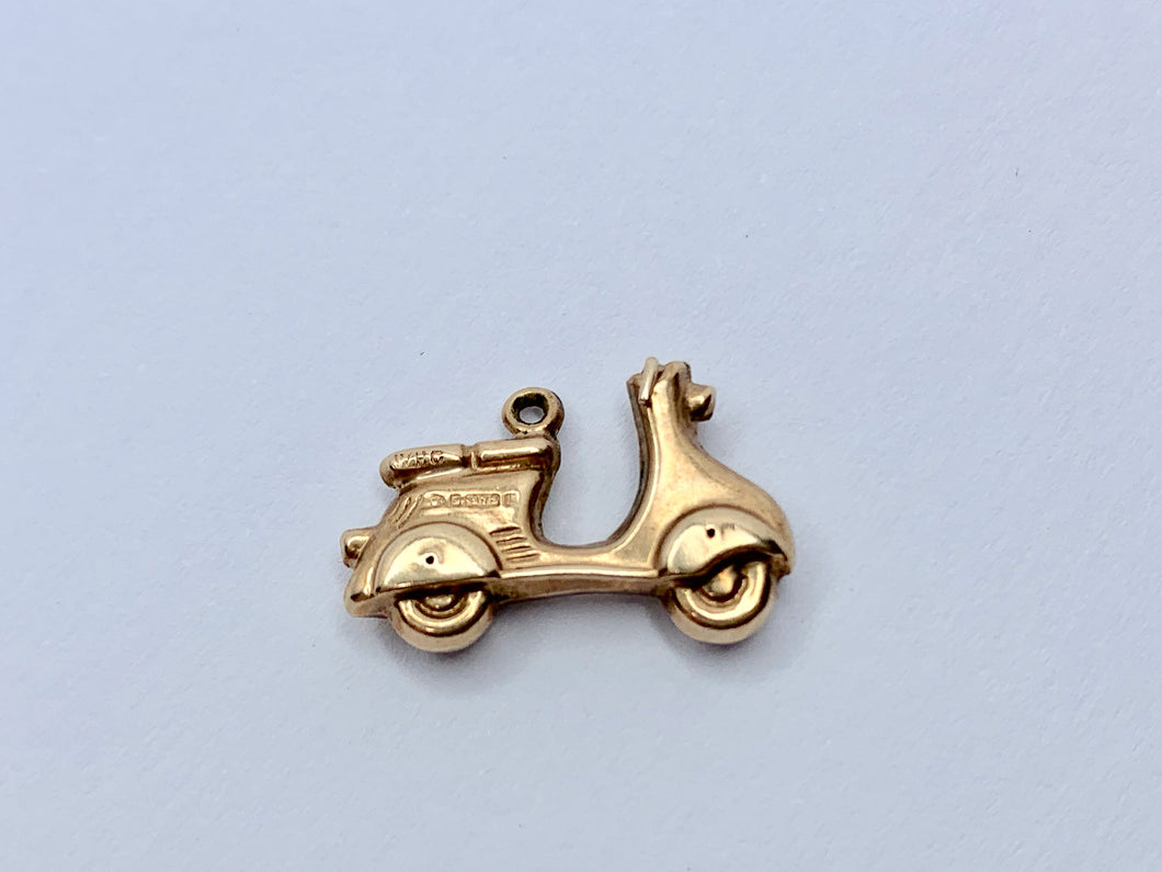 Vintage 9ct Gold Scooter/Lambretta Charm