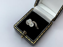 Load image into Gallery viewer, Antique Art Deco Platinum Diamond Ring 1ct - Toi et Moi