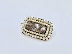 15ct Gold and Pearl Georgian Mourning Brooch