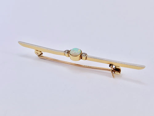 Art Deco Opal And Diamond Brooch in 15ct & Platinum