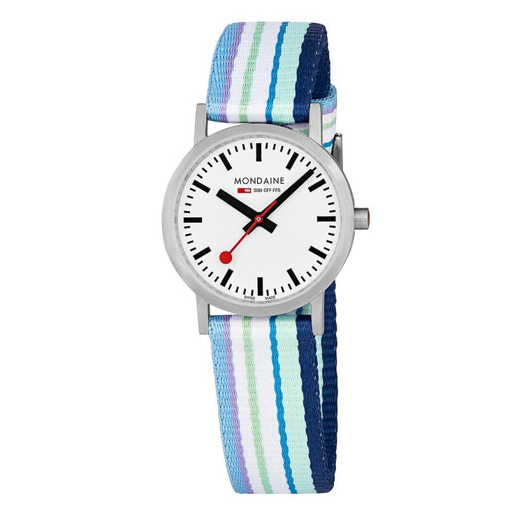 mondaine-classic-30-mm-modern-casual-watch-A658-30323-16SBP