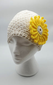 Ladies Hand-knit hat - White