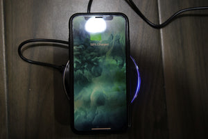 Universal Wireless Charging pad Qi enabled - Saamaan.Pk