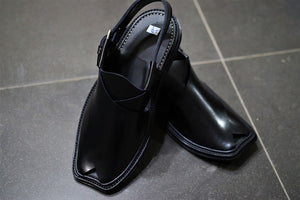 Black Leather Handmade Charsadda Chappal-505 - Saamaan.Pk