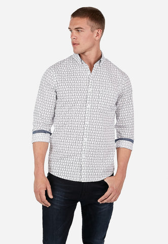 slim sail boat print soft wash shirt