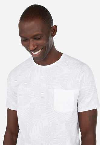 pixel leaf printed moisture-wicking stretch pocket t-shirt