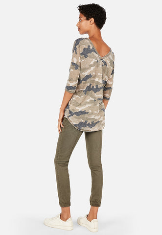 express one eleven camo double v london tee