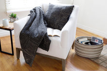 Load image into Gallery viewer, Organic Segou Throw Blanket