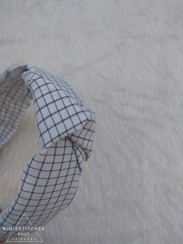 White Graph Checked Knot Hairband