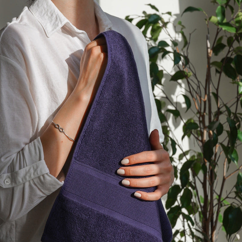 Luzia Navy Blue Hand Towel