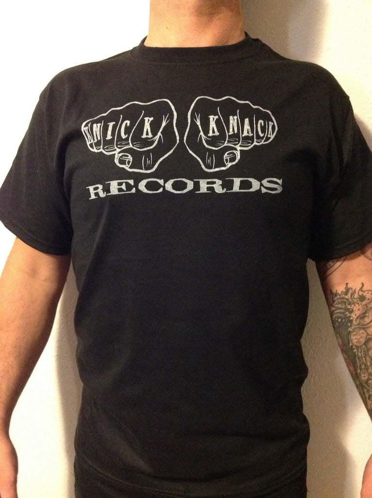 Knick Knack Records 12 Fingers of Doom mens t-shirt