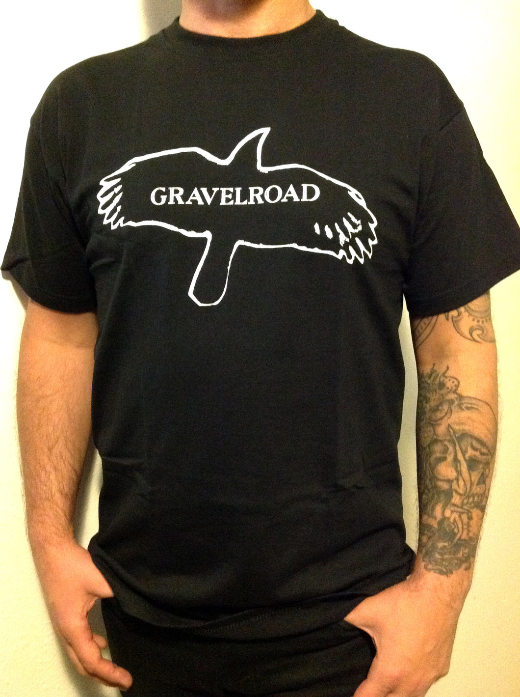 GravelRoad Black Raven mens t-shirt