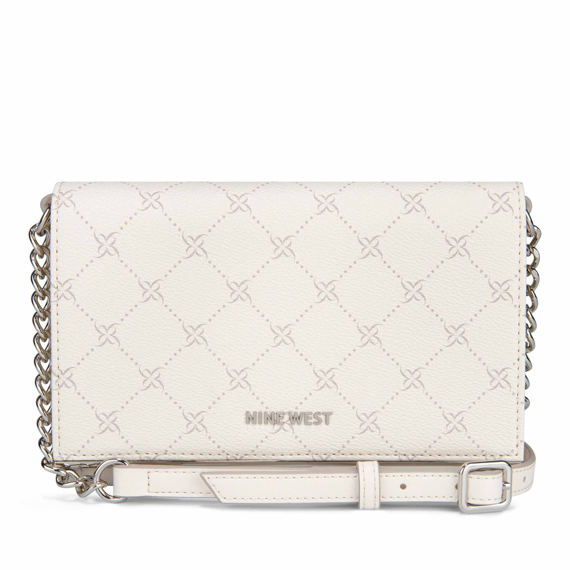 cecylia-wallet-on-a-string-in-chalk