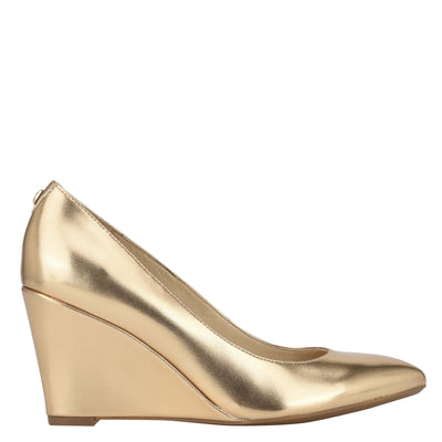 나인 웨스트 드레스 웻지 NINE WEST Cal 9x9 Dress Wedges,Gold