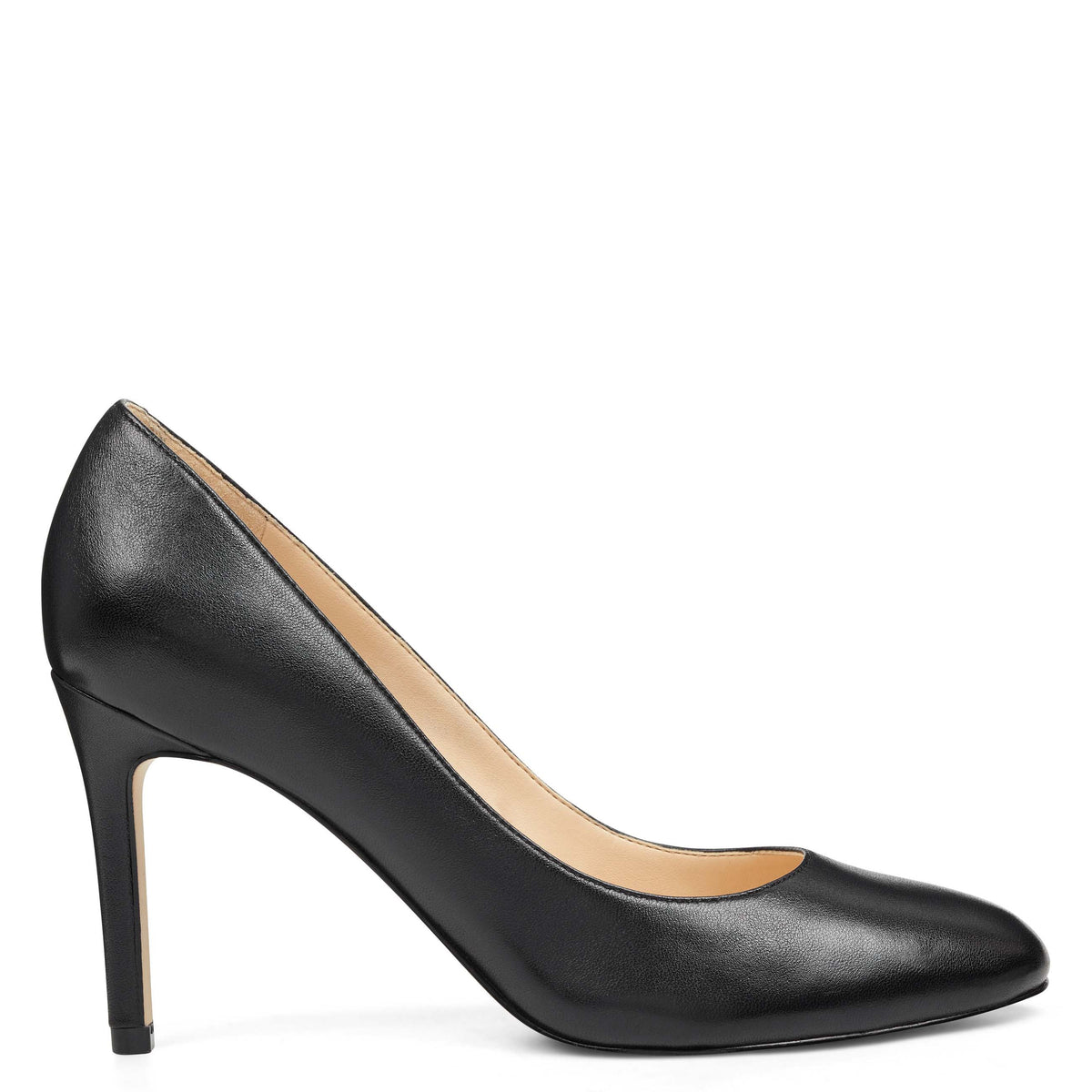 Dylan Round Toe Pumps