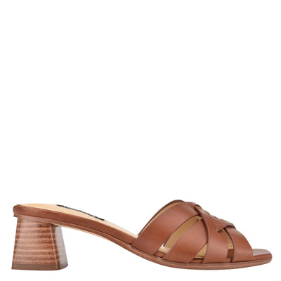 나인 웨스트 NINE WEST Garnet Slide Sandals,Brown Leather