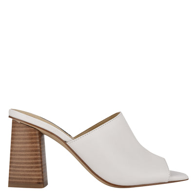 나인 웨스트 NINE WEST Yuna Heeled Slide Sandals,White Leather