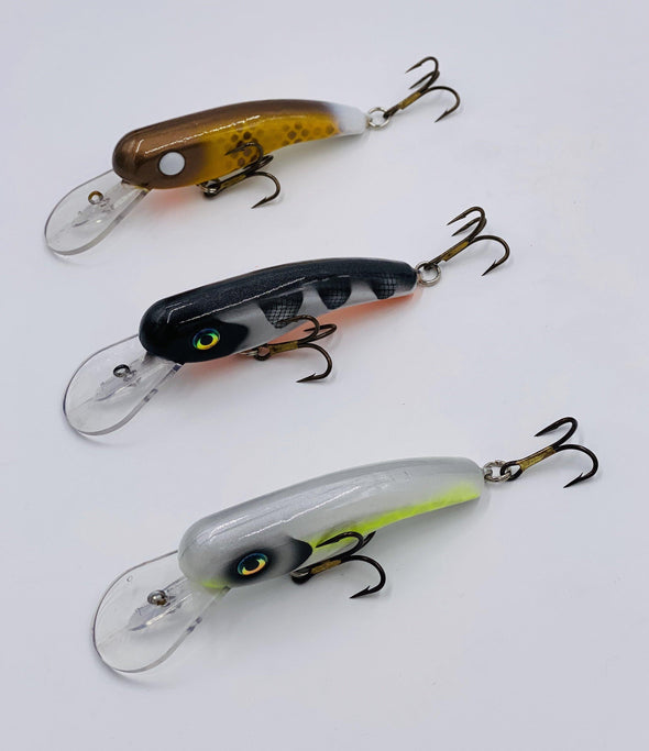 "The .22 Short crankbait, from Llungen Lures, is one of the HOTTEST musky and pike crankbaits in the industry. This small, but extremely effective crankbait, has quickly become a ""must have"" for any serious troller. Casting the .22 has also proved deadly for many musky anglers across the country."