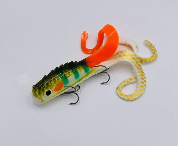 Taps and tackle Exclusive ColorThe Mid Medussa, from Chaos Tackle,  has been designed to be the ultimate musky catching machine! The Mid Medussa's three irresistible tails have been designed to catch you a trophy! Anglers will have amazing success with a straight retrieve, pulling, ripping, twitching, and even jigging.