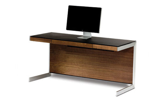 work in style with the sequel desk from attica