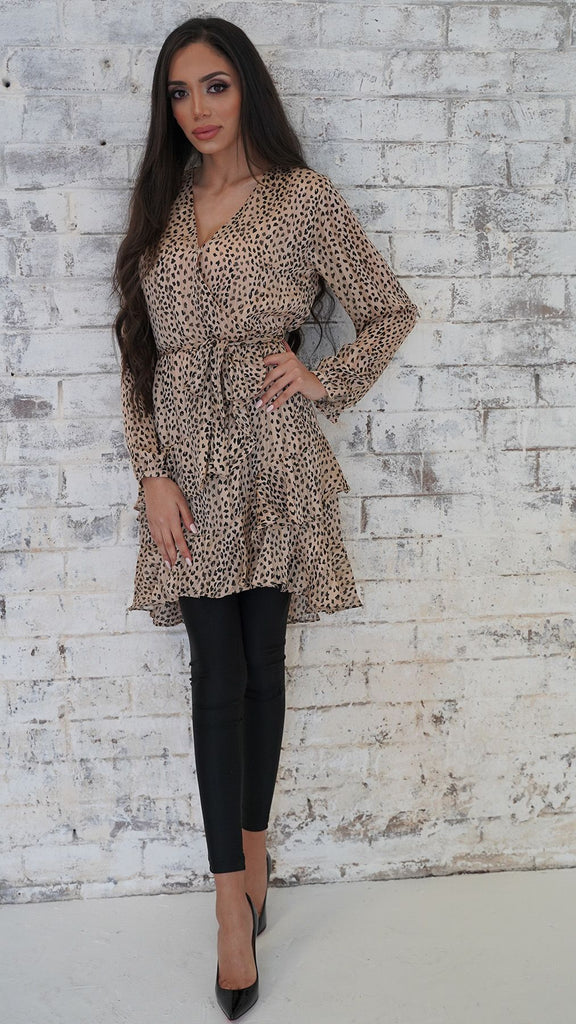 Leopard Frill Wrap Dress -  Modelle