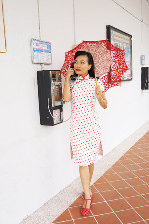 Load image into Gallery viewer, KWEE SWEE Classic Fitted Polka Dot Cheong Sam