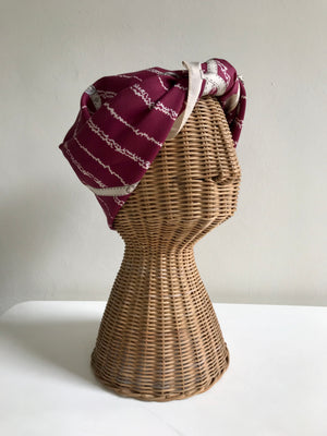 Buckle Print Wine-tone Plaid Scarf