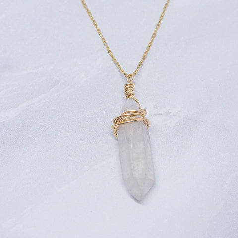 """Wrapped White Crystal"" ネックレス"