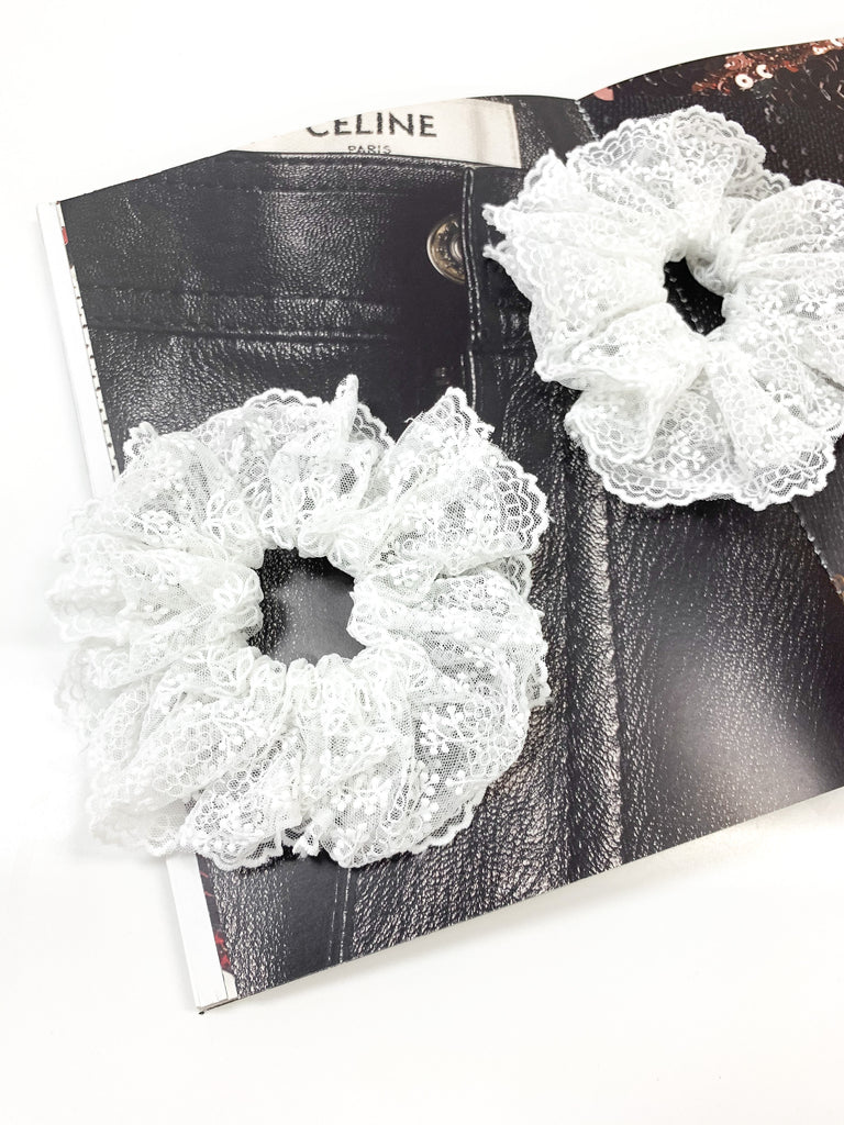 Lace Scrunchie in White