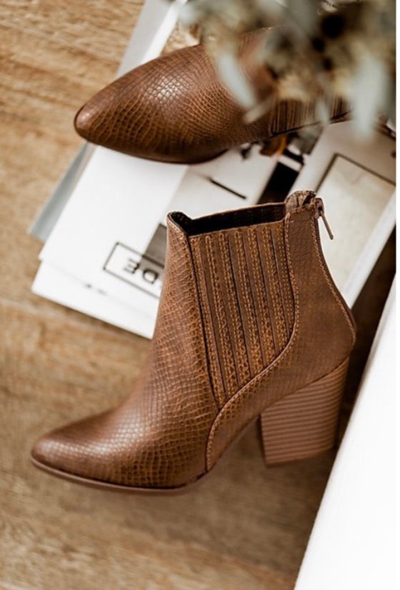 Sammie Boots in Brown