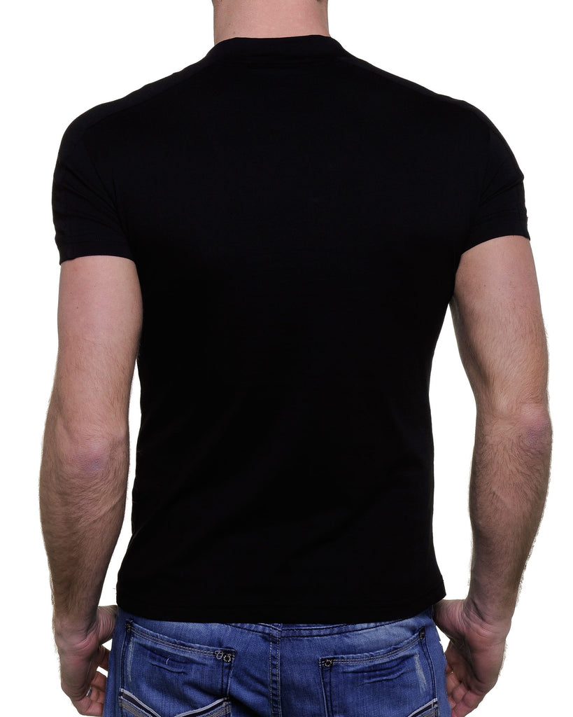 Tee-shirt noir col V larges boutons