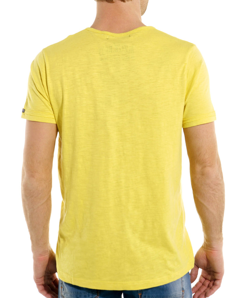 T shirt homme jaune moutarde tendance et fashion