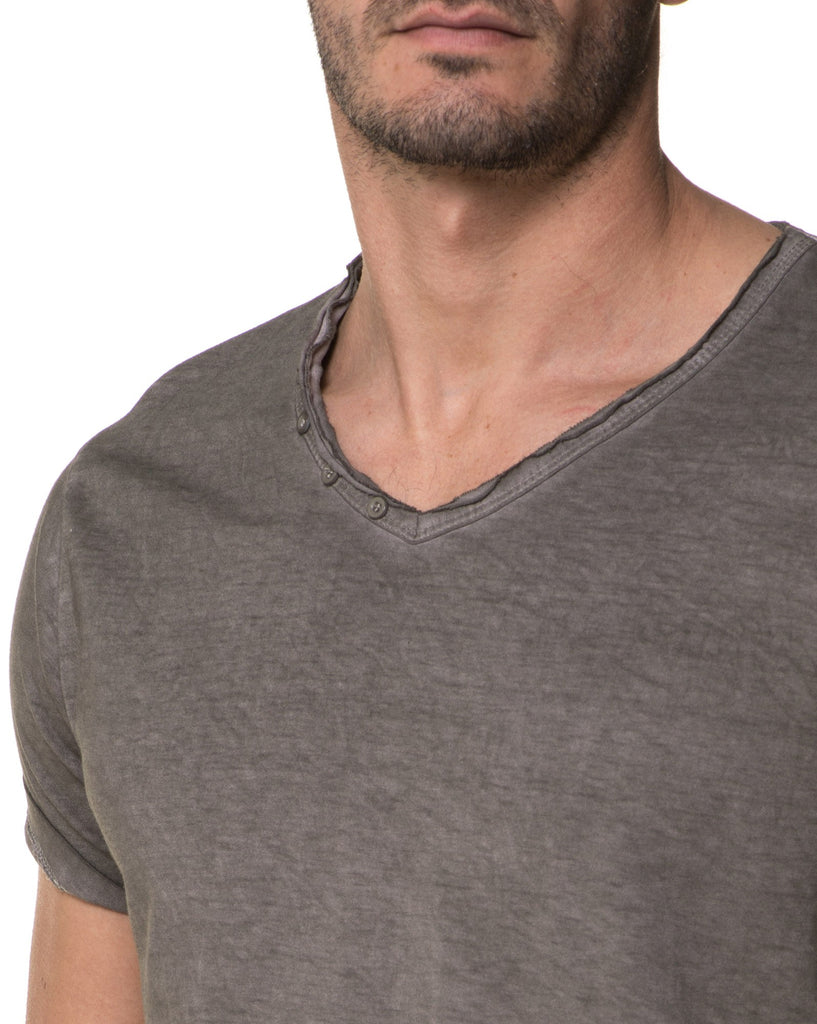 T-Shirt Homme Gris Used Col V